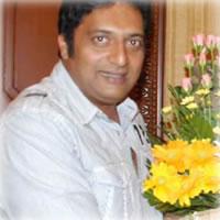 Prakash Raj takes home the best actor national award from President of India- Shri Pratibha Patil