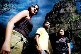 My Aayirathil Oruvan experiences and movie reviews