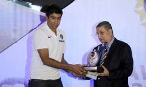 Polly Umrigar Award to Rahul Dravid and  Ravichandran Ashwin got Dilip Sardesai Award
