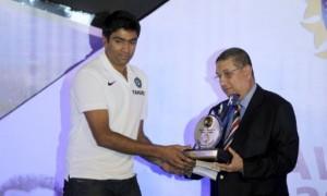 Polly Umrigar Award to Rahul Dravid and  Ravichandran Ashwin got Dilip Sardesai Award